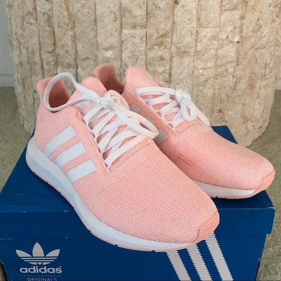 a3aa0df25 Big Girls Adidas Swift Run J Sneakers - Size 7